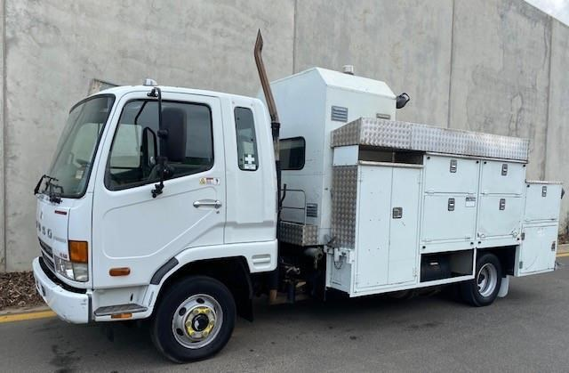 2005 FUSO FIGHTER