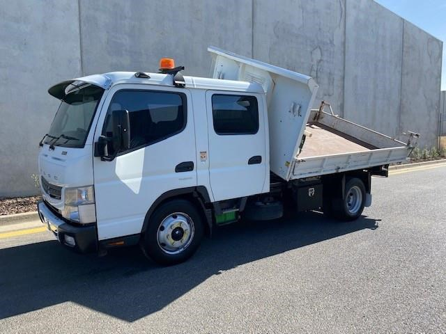 2012 FUSO CANTER 815 WIDE