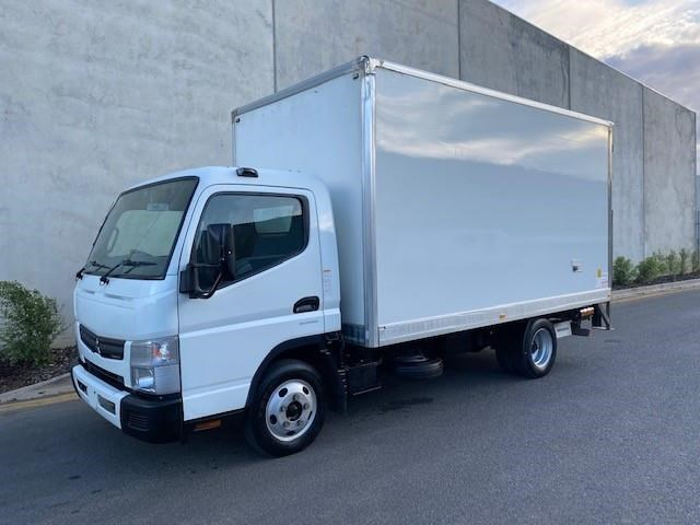 2015 FUSO CANTER 515 WIDE