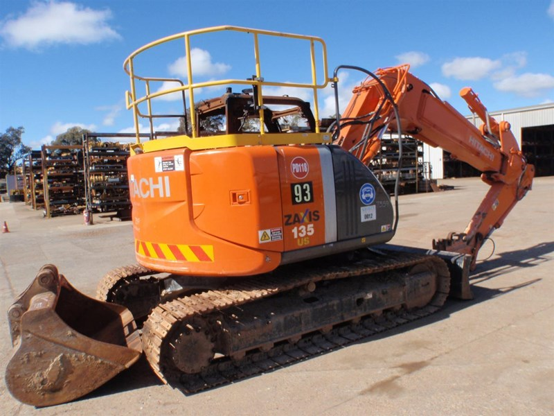 hitachi zx135us-3 221564 003