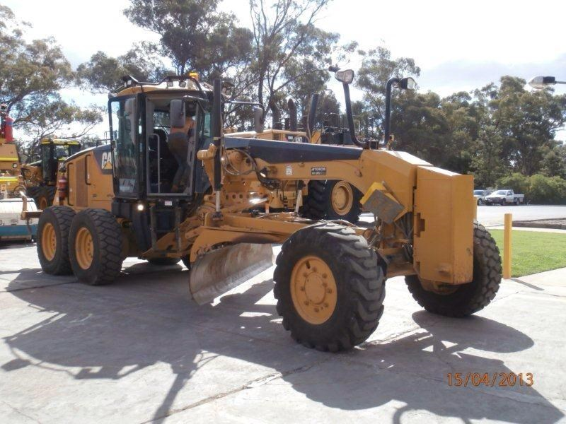 caterpillar 140m awd 224553 001