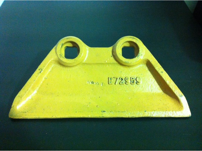 gator 7-13 tonne side cutter left & right (2 hole) 222159 001