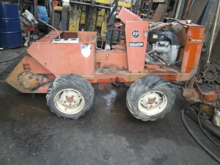 ditch witch j20 deisel 228926 003