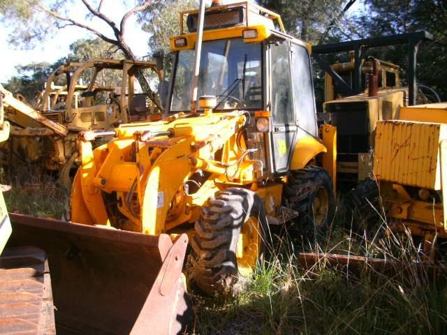 jcb 2cx backhoe loader 232303 001