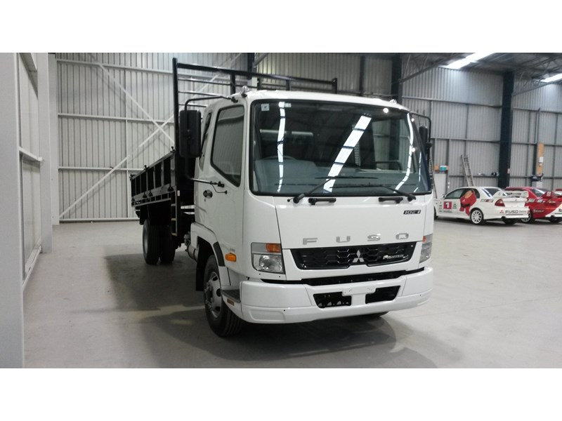 fuso fighter 1024 231919 006