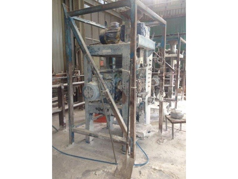 briquette press making continuous briquettes 234734 002