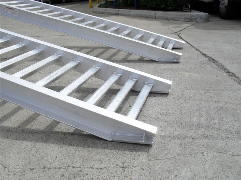 rhino ramps - 4.8 ton aluminum loading ramps [400 mm wide] 7/4833t [attramp] 235647 008