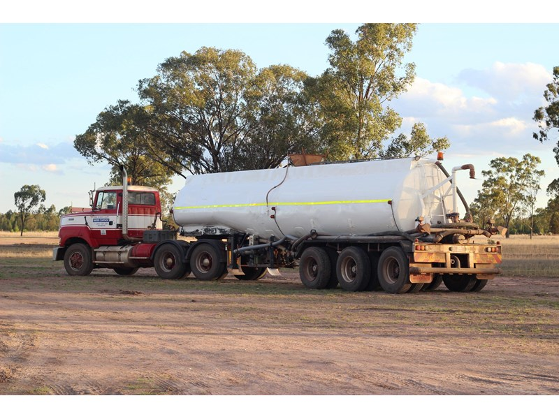 maurie bros tanker 236849 002