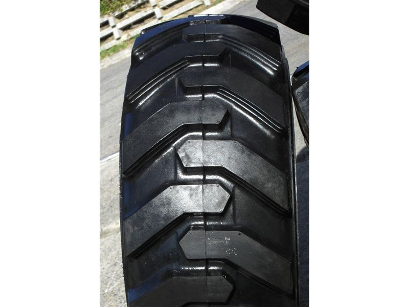 rhino rhino spare tyre assemble 8.5-12 fit bobcat model s70 skid steer loaders [atttyre] [work ready] [ 6 ply tubeless ] 237125 006