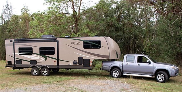 Ultima RV 27RK Fifth Wheeler