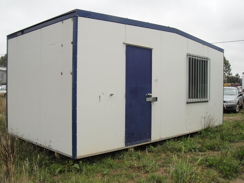 custom built site office 12297 001