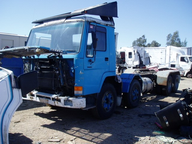 volvo fl7 twin steer 38439 001