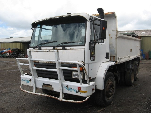 ford cargo 38472 001
