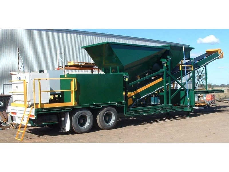 thomas trailer mounted top of the range batching plant 12589 001