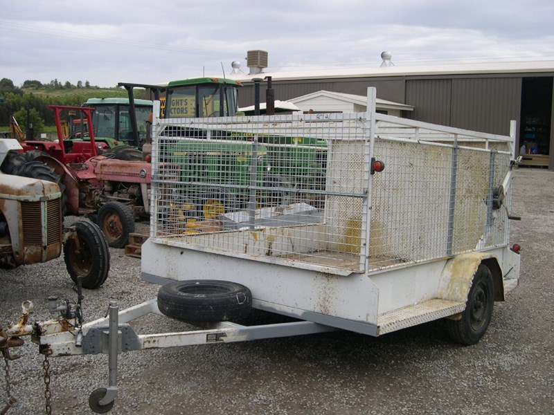 custom caged trailer 13115 001