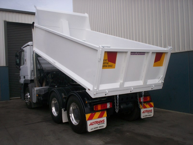tuscan tipper body 18390 003