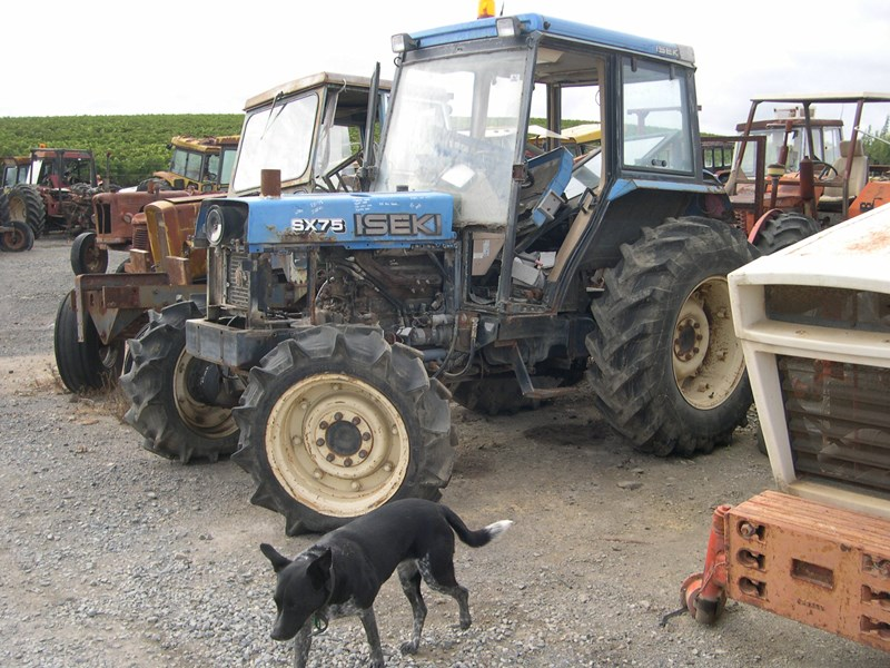various tractors to dismantle 14965 001