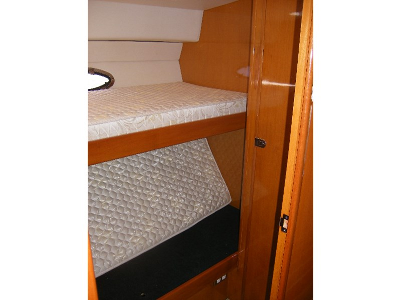 thomascraft 40 flybridge cruiser 45909 007