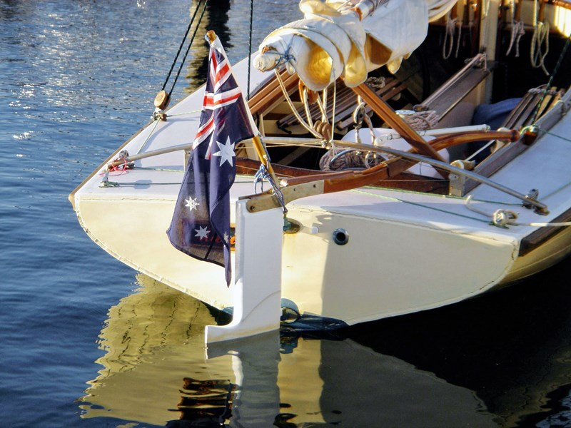 custom classic day sailer 54930 001