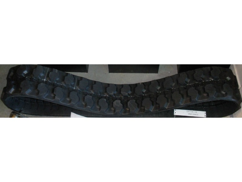 takeuchi tb016 rubber tracks 8916 005