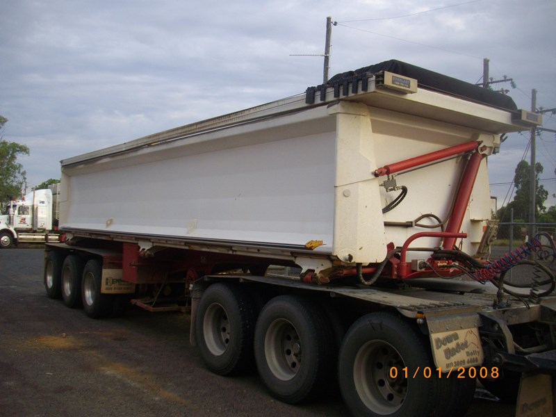 kennedy side tipper hire and sales 63650 001