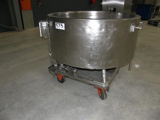 custom built stainless steel jacketed tank 80113 001