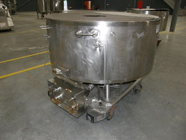 stainless steel jacketed tank 700lt 80122 002