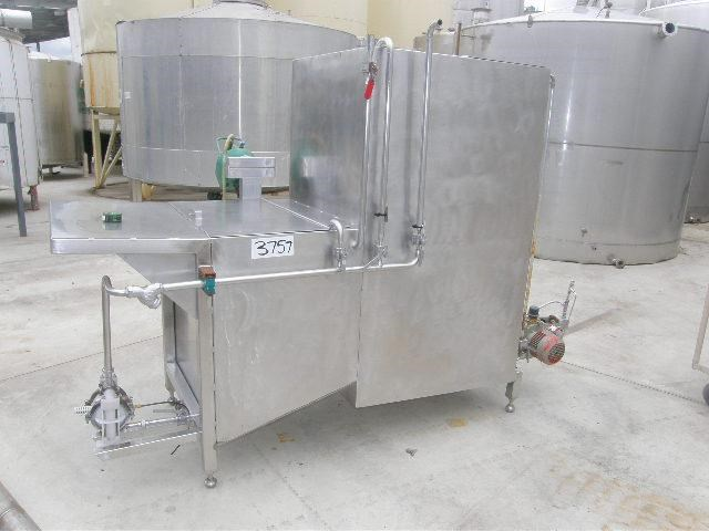 stainless steel mixing tank 1,350lt 80089 001