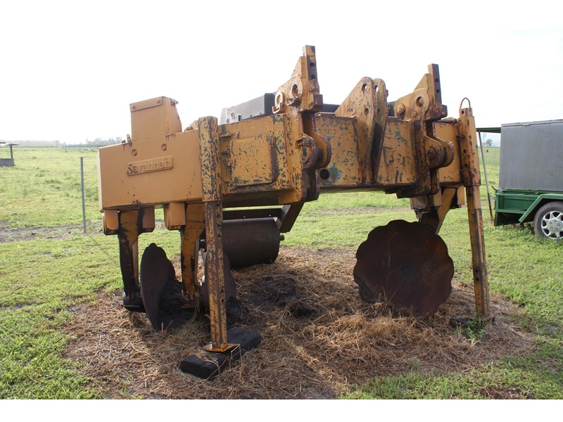 savannah rip mounders with jacking plate and lifting hitch. 88112 001