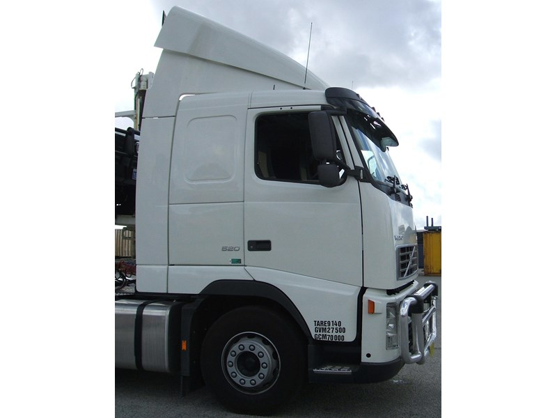 volvo fh13 87895 002