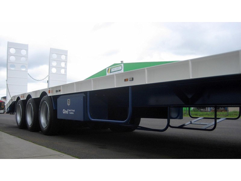 cbtc new tri / tandem & single axle tag trailers. 13648 004