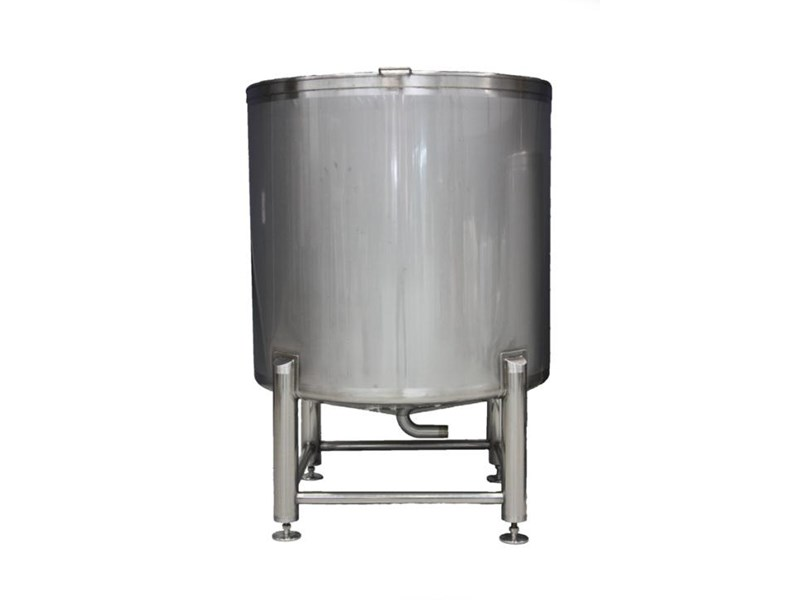 stainless steel storage/mixing tank 1,500lt 106459 001