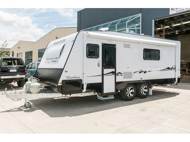 "evolution luxliner 21'8"" 111702 002"