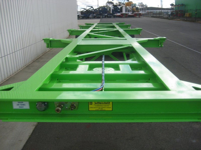cbtc australian made tri-axle skel trailers 112974 005
