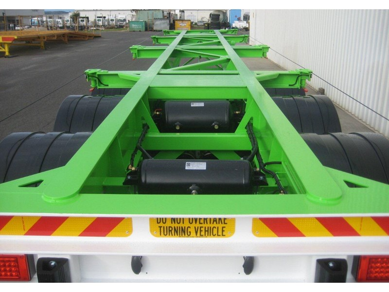 cbtc australian made tri-axle skel trailers 112974 012