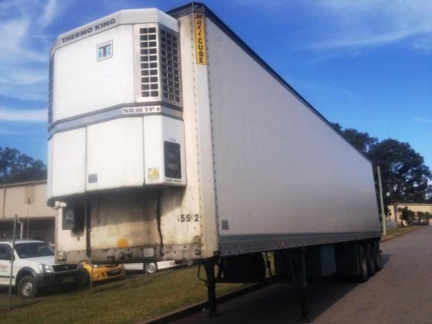 maxi-cube refrigerated van-trailer 128133 002