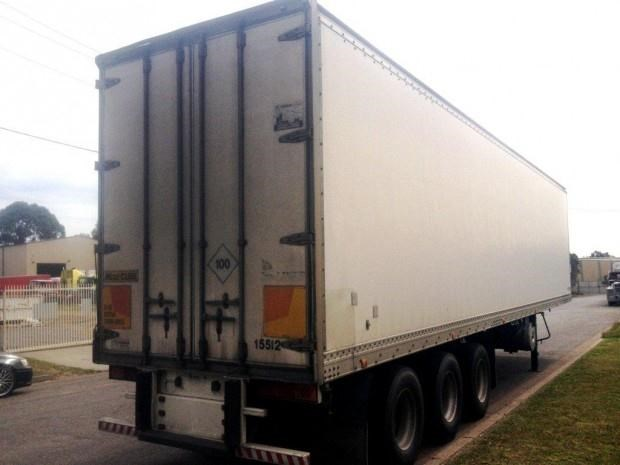 maxi-cube refrigerated van-trailer 128133 004