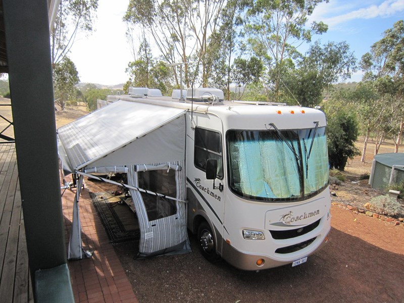 coachmen mirada 330ds 130531 001