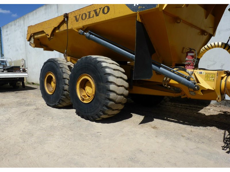 volvo a40d 130560 004