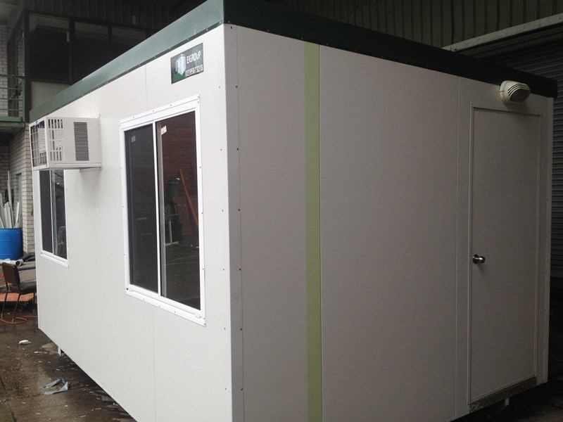 e i group portables 4.8m x 3m portable building with vanity 132240 002