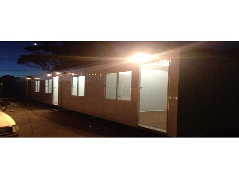 e i group portables 12m x 3m four room accomodation 132255 001