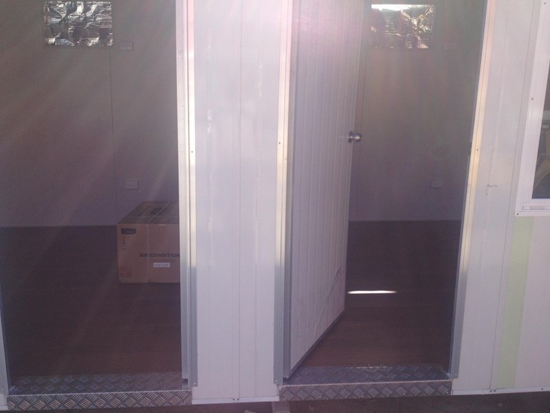 e i group portables 12m x 3m four room accomodation 132255 013
