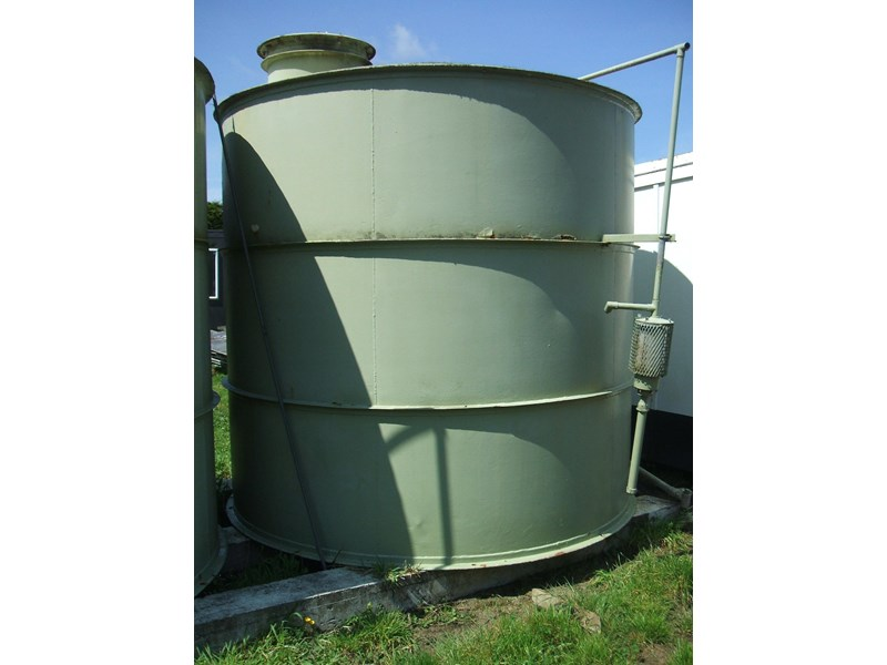 unknown storage tank 138239 002