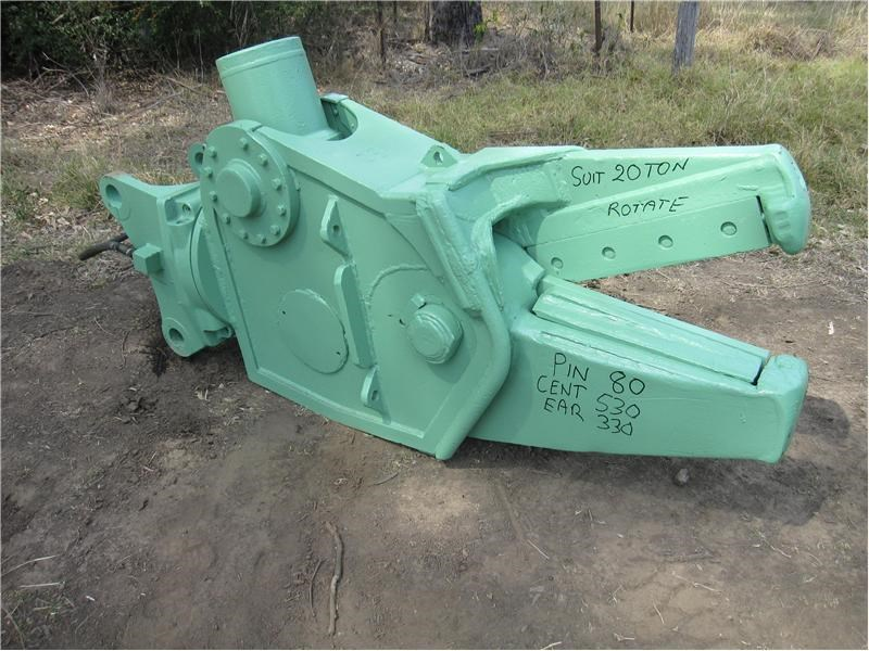 unknown suit 12-30 ton excavators 140909 011