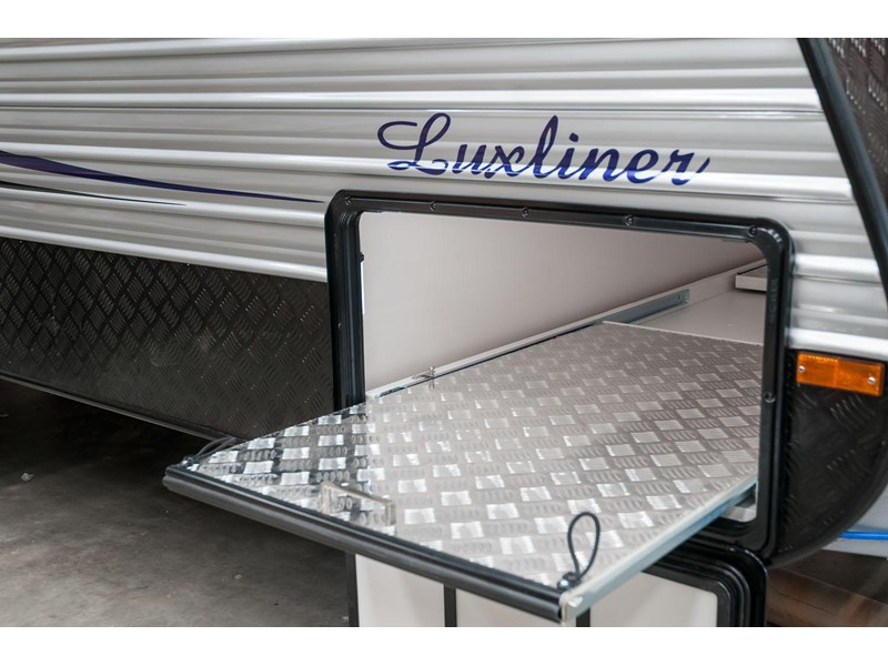 evolution luxliner 21' 148625 017