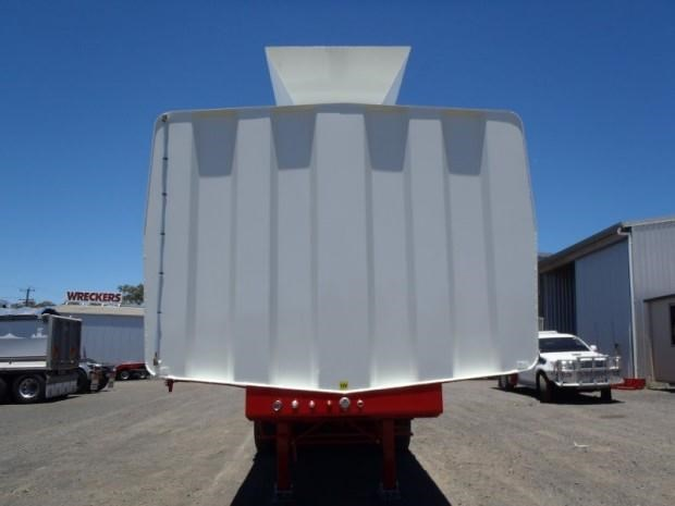 custom tanker-trailer 151643 010