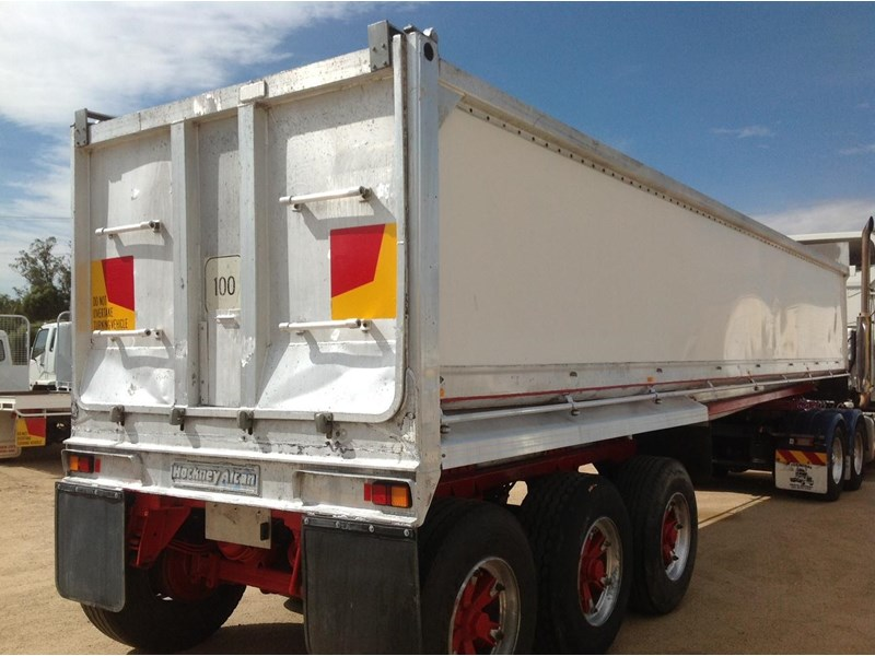 hockney alcan aluminium tri axle 135419 002