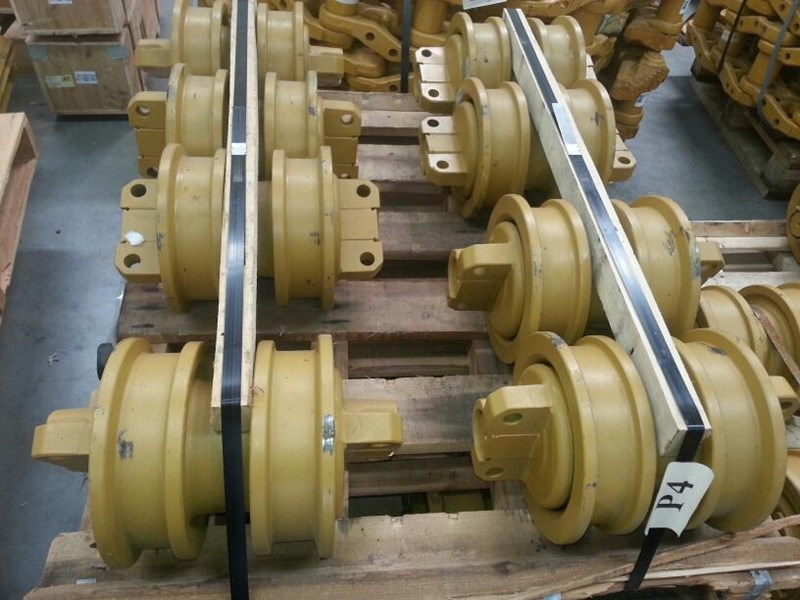 caterpillar caterpillar double flange track rollers to suit cat d6h/r/t & cat 527/963. 1205766 152089 001