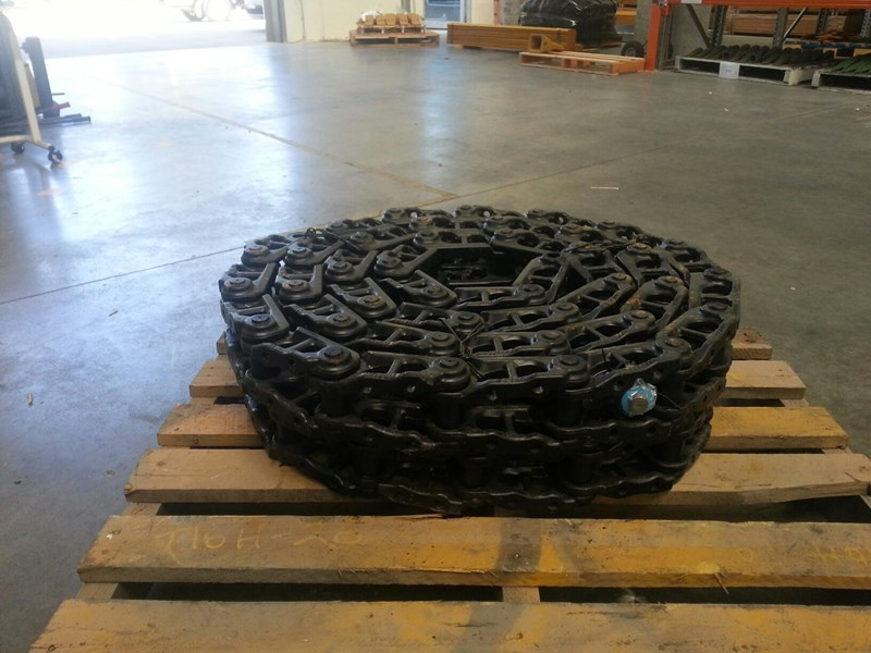 komatsu komatsu greased track chains to suit pc75uu-2,pc78us-5/6 & pc88mr-8 159851 001