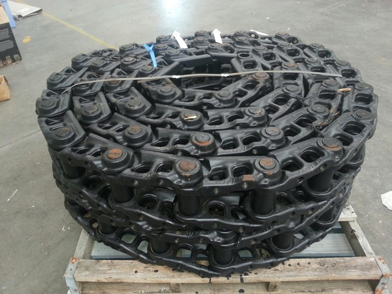 komatsu komatsu greased track chains to suit pc250-6 up to pc360-7. 207-32-00141 159403 001